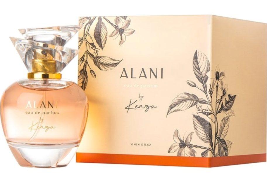 Linn Ahlborg lanserar en ny parfym | Stoppa Pressarna