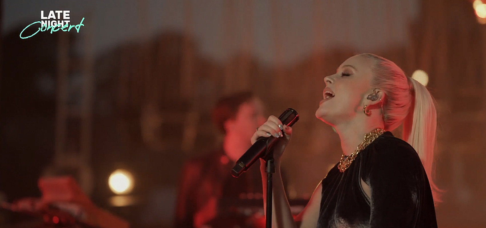 Zara Larsson i Late Night Concert